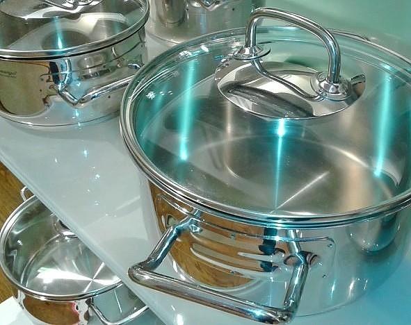 Идеально чистая кухонная посуда без особых усилий