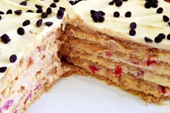 БЕЗ ДУХОВКИ! ОБАЛДЕННЫЙ торт ПЛОМБИР за 15 МИНУТ с клубникой