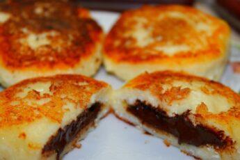Бесподобные сырники с шоколадной начинкой