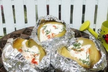 Картофель с салом и луком: запекаем в фольге – и наслаждаемся вкусом