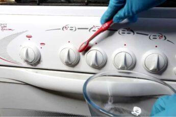 Как за 2 МИНУТЫ очистить ручки кухонной плиты